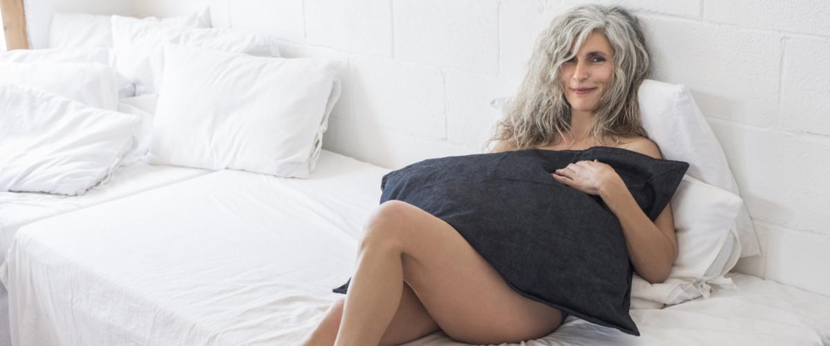 Hot flashes in women in their 20s dating